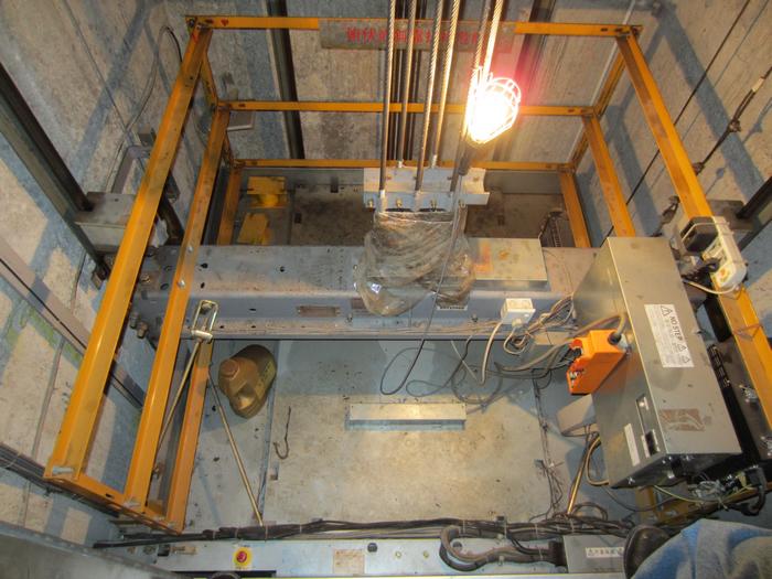 电梯抱闸检测开关接线